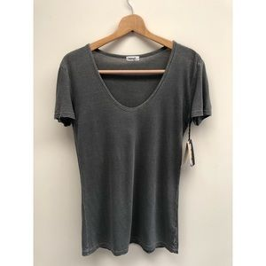 NWT TNA Aritzia Scoop Neck Tee XXS